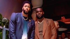 Anthony Davis and LeBron James attend the Klutch 2019 All-Star Weekend Dinner.