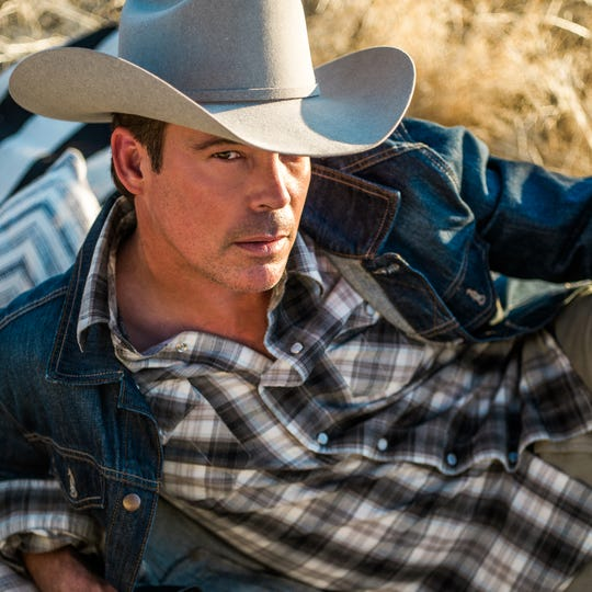 Clay Walker makes a goal of connecting with his audiences as early in concerts as possible.