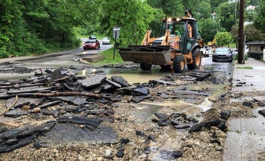 Flooding in Cincinnati, Northern Kentucky: Landslides, road closed from rain