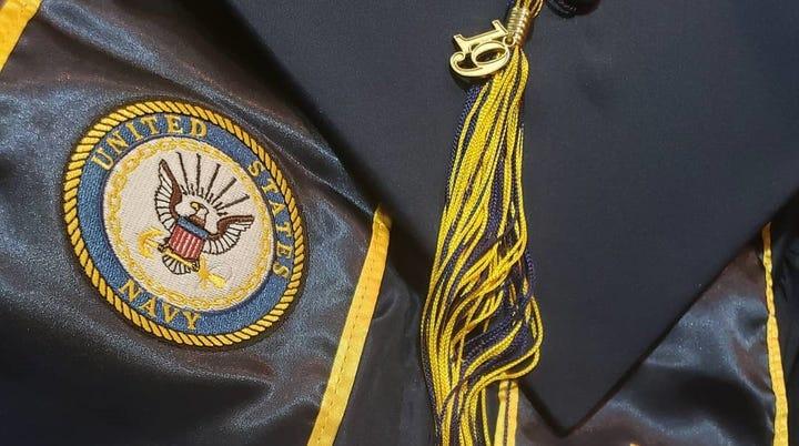 Delaware Valley Regional High School bans military sashes at graduation