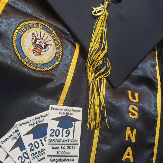 At Delaware Valley Regional High School's graduation, only 'school-sanctioned' sashes were permitted to be worn, included those given to students by their respective military recruiters.