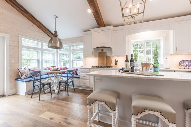 Forgo your traditional kitchen table for a fun breakfast nook perfect for casual family meals. (Handout/TNS)