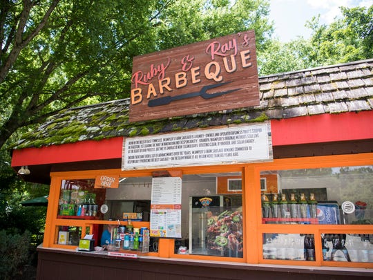 Zoo Knoxville's Ruby & Ray's Barbeque offers barbecue pork, a barbecue chicken sandwich, hot dogs and nachos.