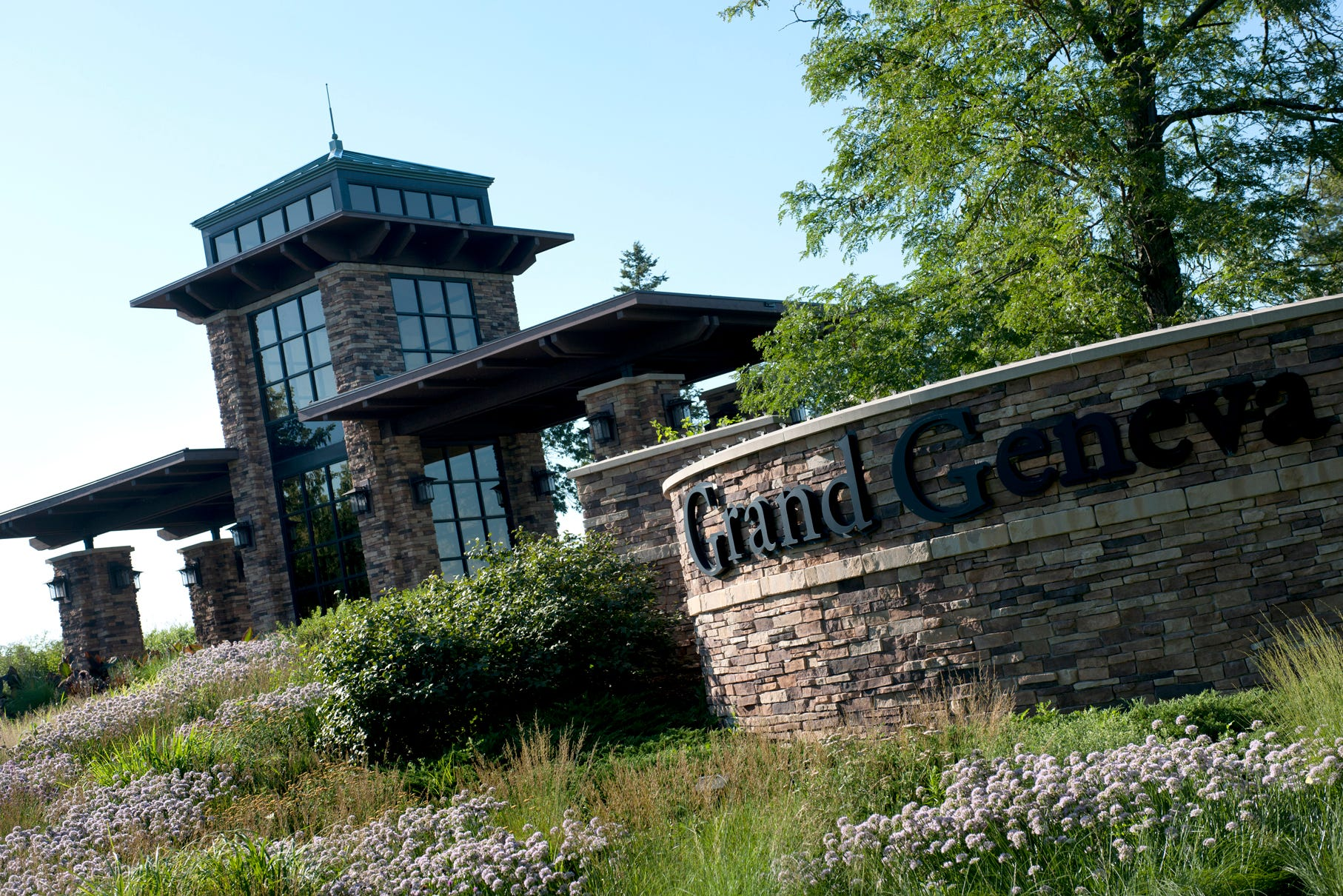 Lake Geneva S Grand Geneva Resort Spa Celebrates 25 Years With Special Deals And Events