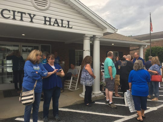 Ridgetop residents arrived for the Board of Mayor and Aldermen meeting on Monday, June 17, 2019, only to find the meeting canceled.