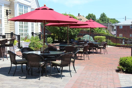 Stony Hill Inn has a large outdoor area for alfresco dining.