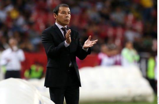 José Guadalupe 'Profe' Cruz reemplazará a Diego Armando Maradona en el banquillo.