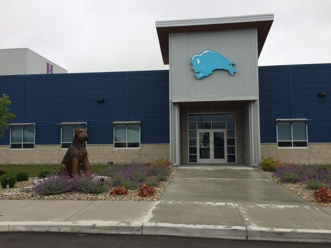 Blue Buffalo conducted a ribbon-cutting ceremony Monday, June 17, 2019, for its Richmond plant at 4748 W. Industries Road.