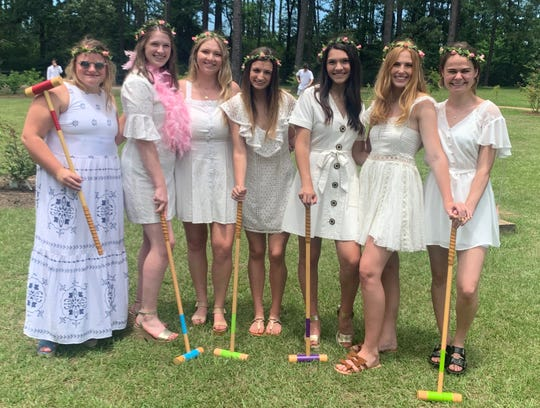 Let's play croquet with the darlin' Demoiselle coterie at America's Rose Garden: Helen Jackson, Sarah Grace Prestwood, Olivia Morgan, Honoree Taylor Brown, Reagan Stewart, Natalie Lukacs, Audrey Bergeron.