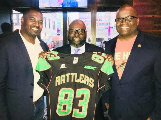 FAMU football head coach Willie Simmons (left), Joel Johnson and FAMU NAA president Col. Greg Clark enjoyed a great event at DrinkHaus Supper Club in Chicago. Simmons was on hand to raise funds for the football program.