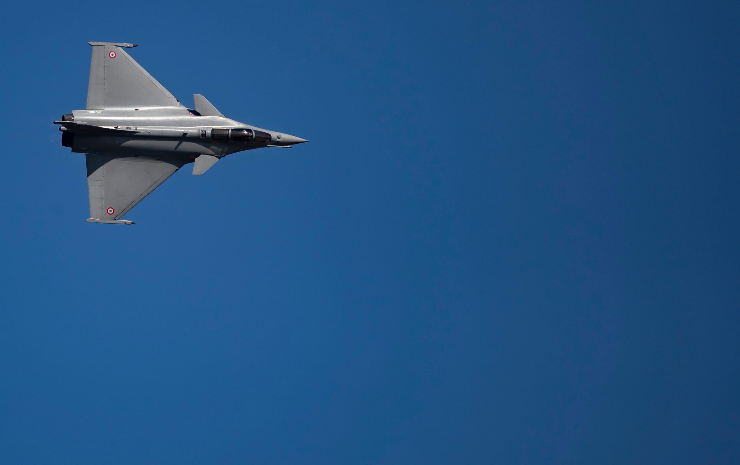 A Dassault aviation Rafale fighter jet performs, June 17, 2019.