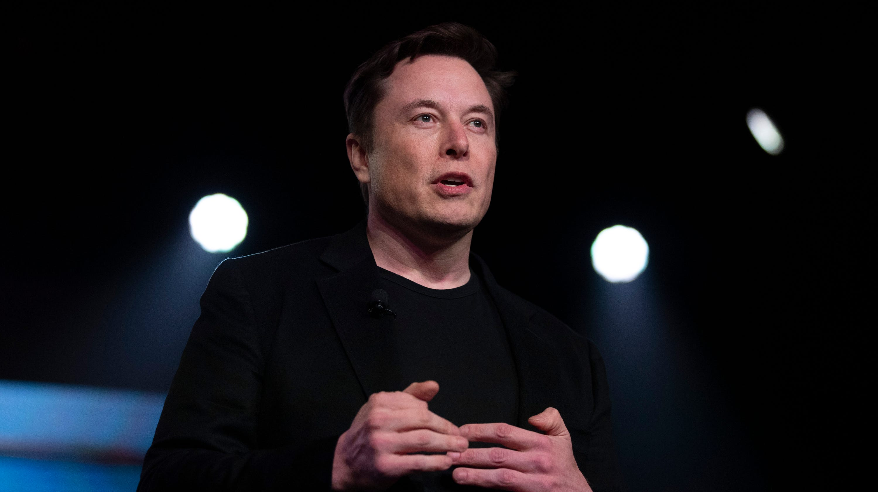 Elon Musk touts brain implant technology to treat health conditions, enable 'telepathy'