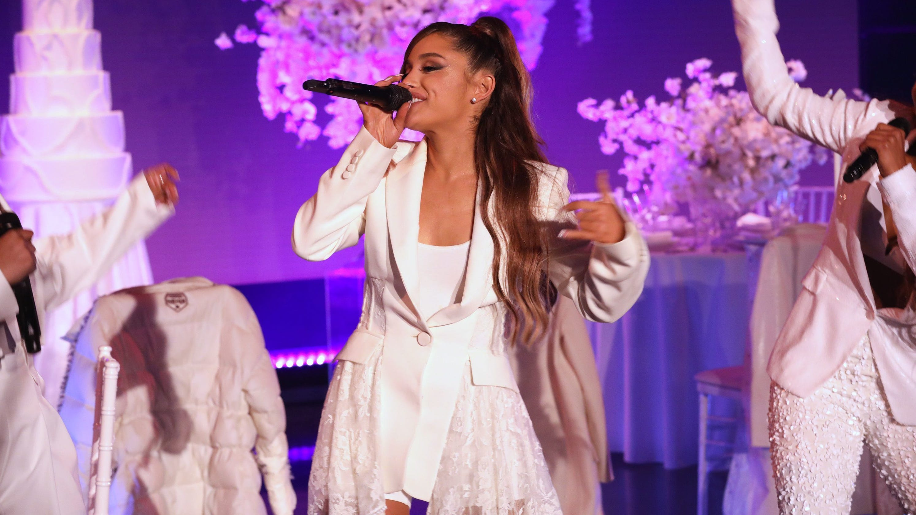 f2dfe83d0a Ariana Grande performs at the peak of her powers at packed Fiserv Forum  show in Milwaukee