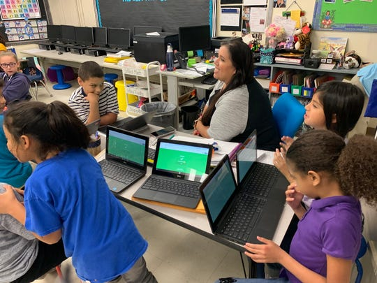 Elita Diaz utilizes a Kahoot game to prepare her students for STAAR testing.
