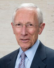 "Former Fed Vice Chair Stanley Fischer said the U.S. economy ""is doing reasonably well, but you wouldn't know that if you listen to the president of the United States."""