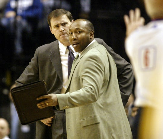 Johnny Davis was also an assistant coach for the Pacers.