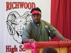 Once again a head coach, Yanez begins rebuilding Richwood