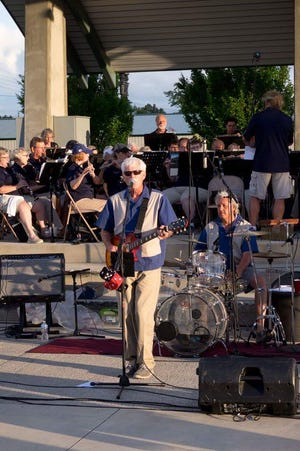 The Reminisce Band's Roger Hammond will perform with America's Hometown Band at Canan Commons in Muncie, for a free retro-rock concert on June 27, 2019.