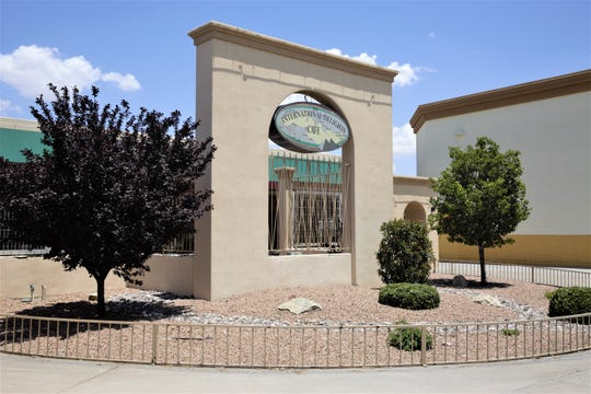 International Delights, a restaurant specializing in Mediterranean and Middle Eastern cuisine, recently announced that is closing its doors for good after 22 years of business.
