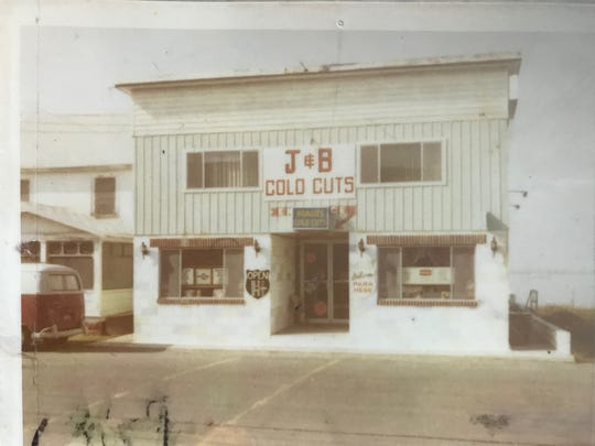 The original J&B Subs building before it burned in the 1970s.