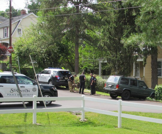 Police gathered near the intersection of Baylor Street and Glen Avenue last week to nab a chase suspect.