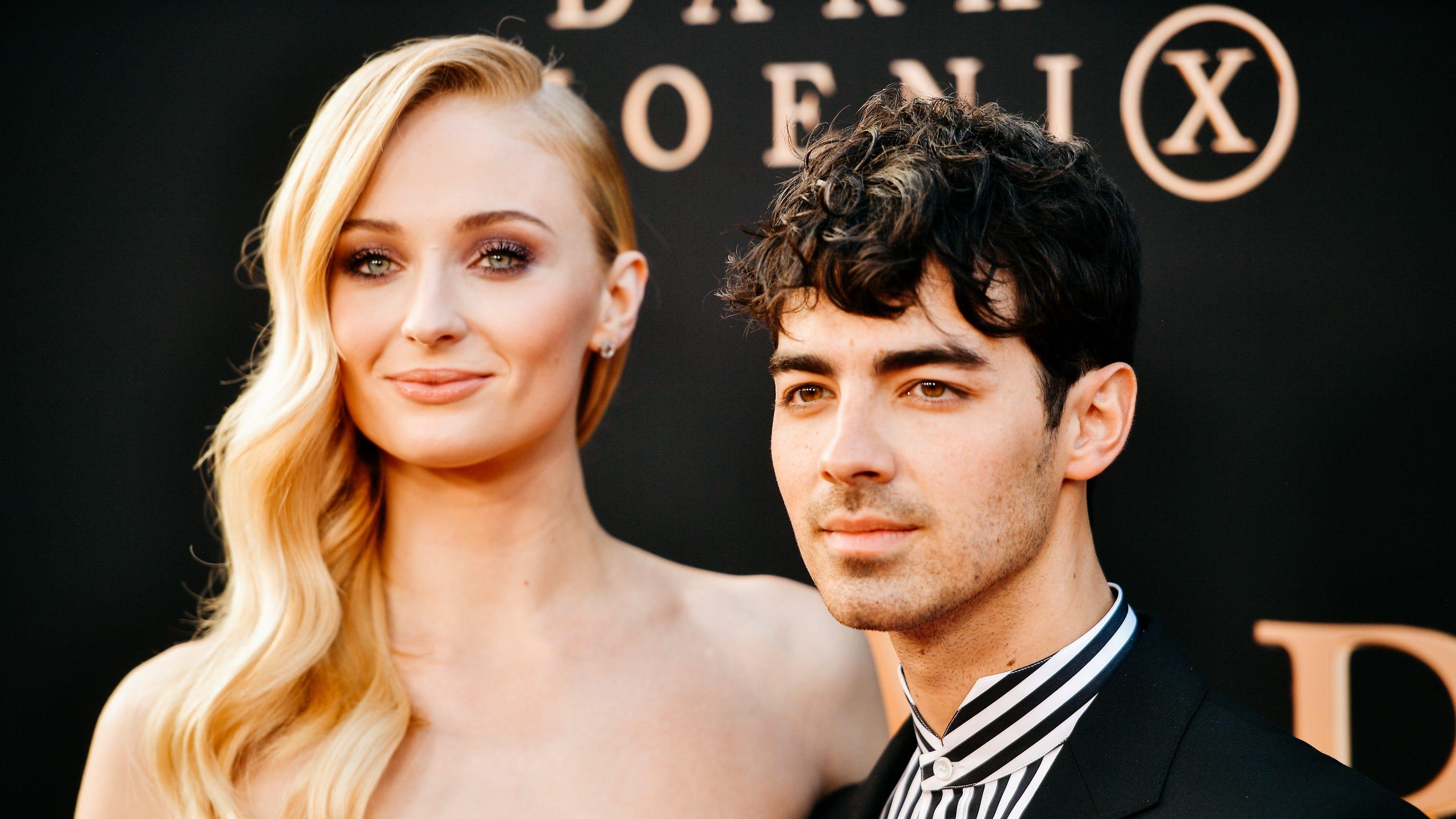 QnA VBage Joe Jonas and Sophie Turner escape to honeymoon 'paradise' in the Maldives