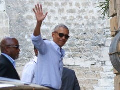 Barack and Michelle Obama, daughters enjoy luxurious family vacation in south of France