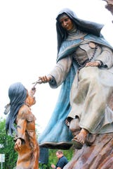 One of three sculptures near the Concho River in San Angelo honoring Sor María de Jesús de Ágreda. The sculpture depicts Sor Maria or the Lady in Blue handing a cross to a Jumano Indian child. The Lady in Blue is said to have appeared to the Jumanos near present-day San Angelo in the 1600s