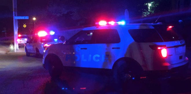 A man in his 20s was shot dead in a homicide overnight on Hansford Place in South Fairmount, Cincinnati police said Wednesday.