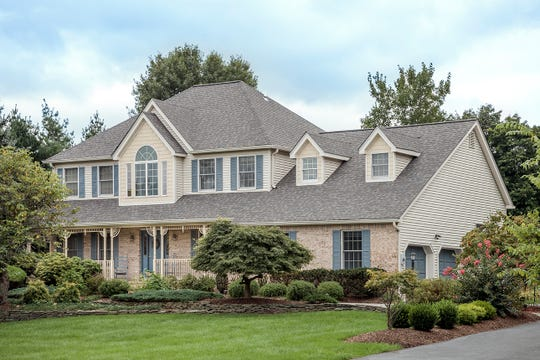 Branchburg-based Bellari, one of New Jersey's largest full-service home improvement and remodeling companies, recently was recognized as a New Jersey leader in residential roof remodeling by CertainTeed, a leading North American manufacturer of building materials.
