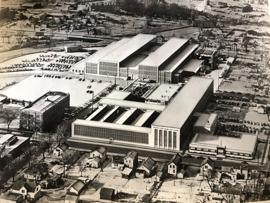 A bird's eye view of what is now Fives Giddings & Lewis in 1940.
