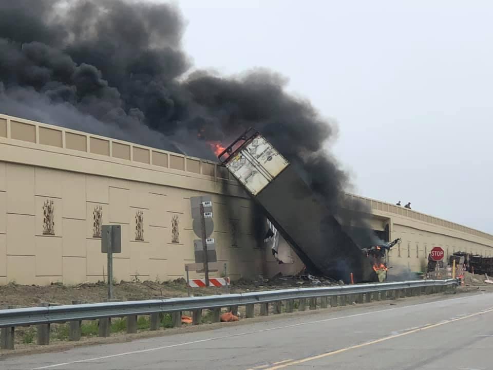 Fiery crash closes Interstate 94/41 in Racine County