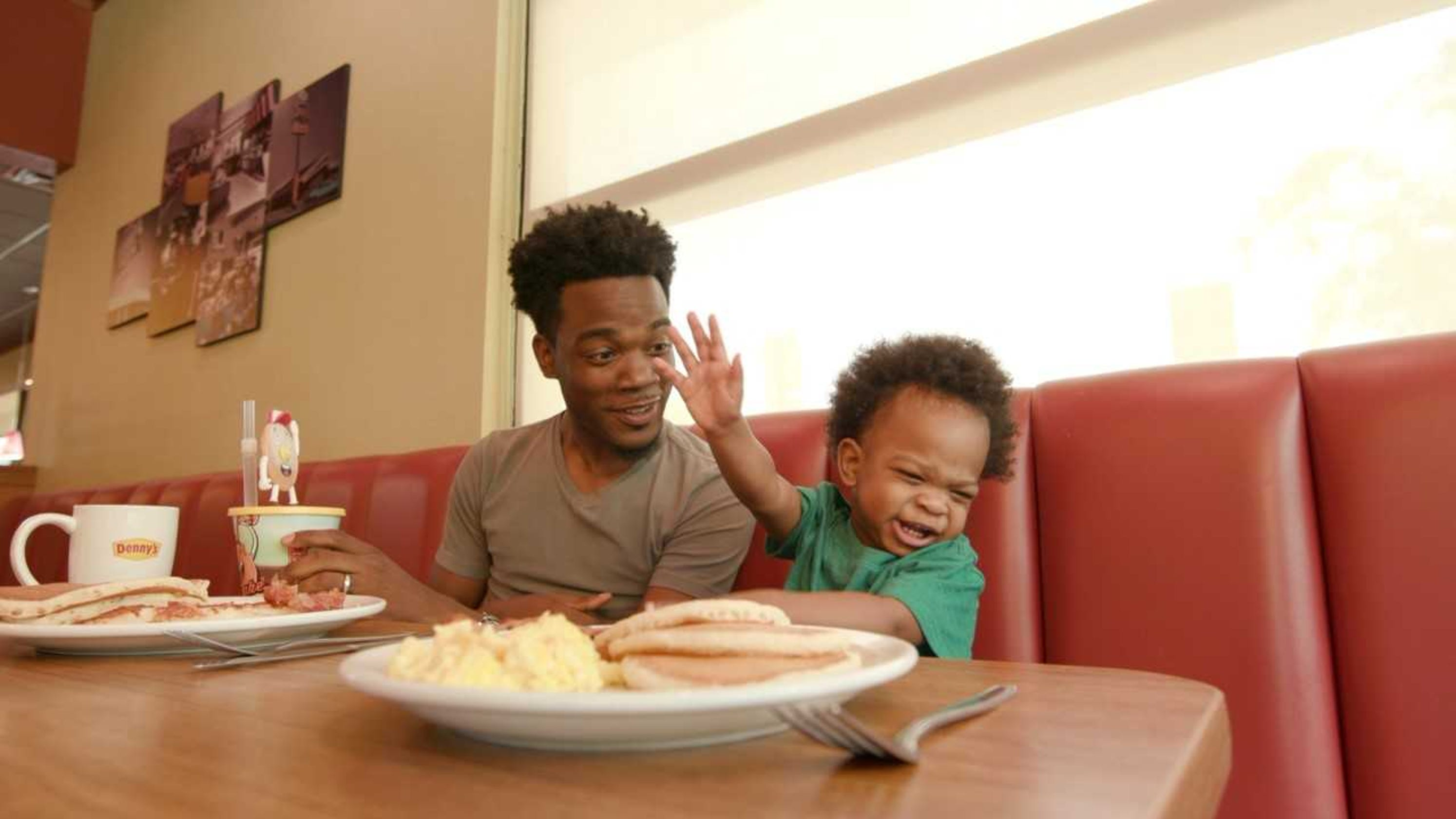 Dad and his babbling son land Denny's ad and it's just as hilarious as first viral video