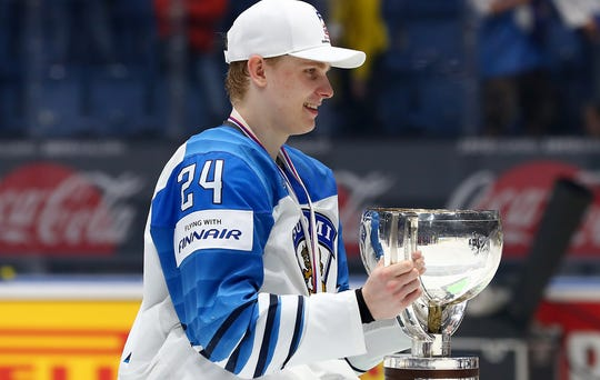 Kaapo Kakko, projected to go second in the draft, helped Finland win the world championships.