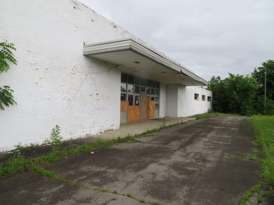 The decaying remains of the former IBM Country Club on Watson Boulevard. The Broome County Industrial Development Agency wants to lure a developer to rejuvenate the site.