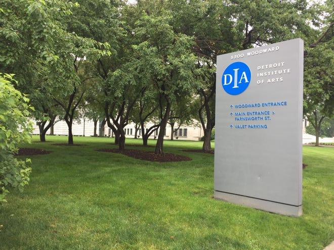 The existing landscape around the DIA and cultural district already includes many grassy lawns, somewhat as the Detroit Square concept envisions.