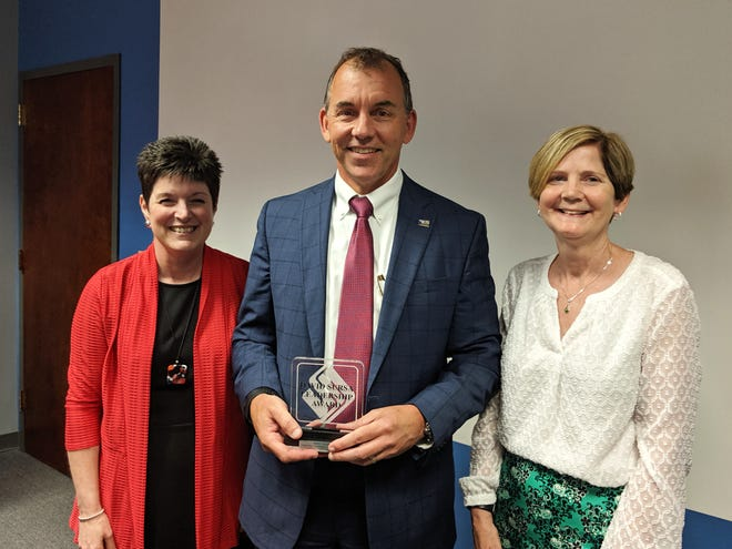 Chris Caldwell was awarded the 2019 David Sursa Leadership Award to recognize his dedicated service to United Way of Delaware and Henry Counties.