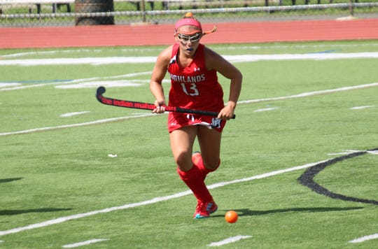 Mikayla Walsh ('21}, a center midfielder for the Northern Highlands Field Hockey team, has committed to play for Brown University.