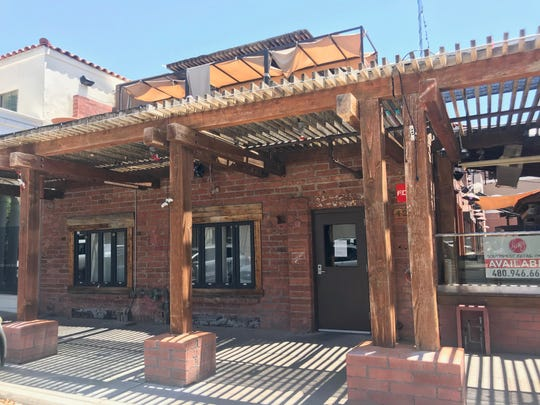 The exterior of the former Old Town Gringos space. The bar is now closed and the space is available.