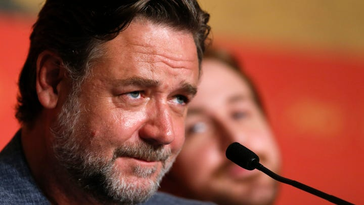 Russell Crowe, actor and former owner of one dinosaur skull.