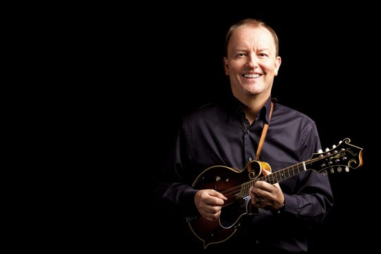 Mandolinist-composer Jeff Midkiff joins forces with the Carpe Diem String Quartet for a trio of Concerts in the Barn shows July 5-7.