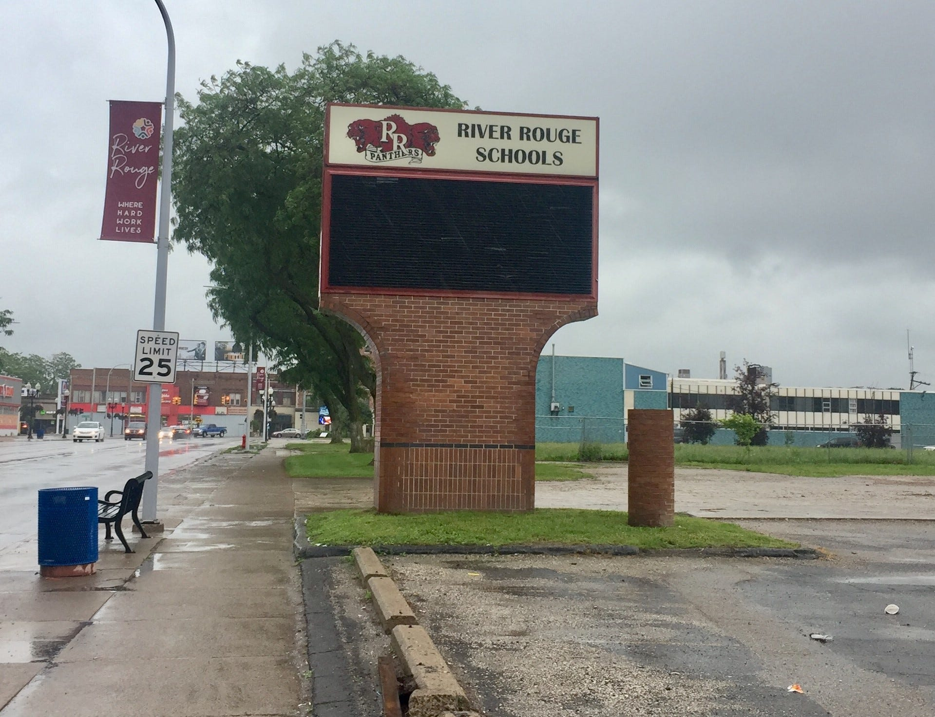 River Rouge schools spend big on travel expenses
