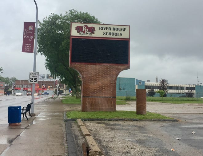River Rouge School officials have spent more than $280,000 on out-of-state travel in recent years.