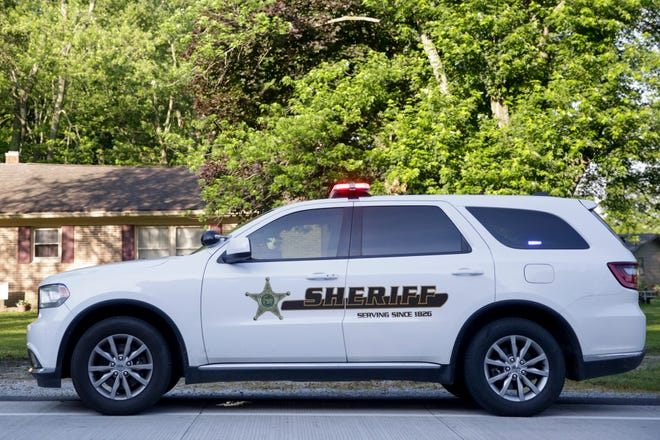 Tippecanoe County sheriff's deputies and nearby police agencies are searching for a man suspected of abducting a woman and sexually assaulting her.
