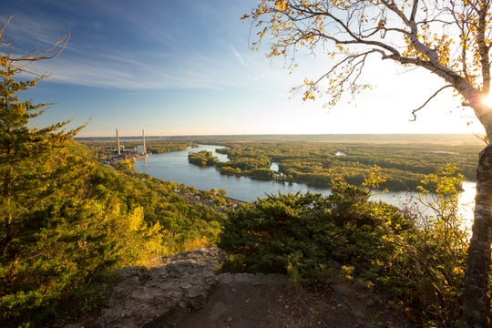 Alma's Buena Vista Park provides stunning views of the Mississippi River from a 500-foot bluff.