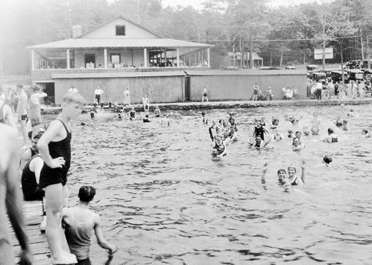 Bathers paid a quarter to visit Lee's County Park Marina on Lake Hopatcong in Mount Arlington. The park was founded as a beach and picnic area by Clarence and Thomas Lee in 1919.
