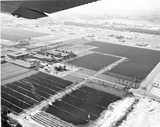 An early aerial view of the College of the Desert.