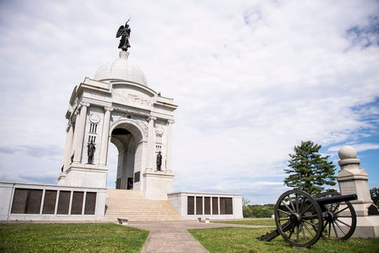 Over 7,680,000 pounds of material (including granite, sand, cement, stone and steel) were used in the construction of the Pennsylvania monument.
