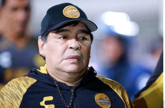 Diego Armando Maradona dirigió a los Dorados de Sinaloa.