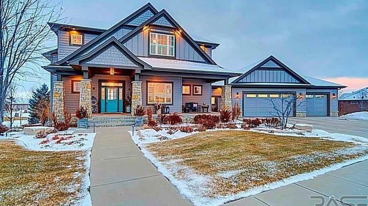 South-side Sioux Falls home sells for $977,000, tops home sales report